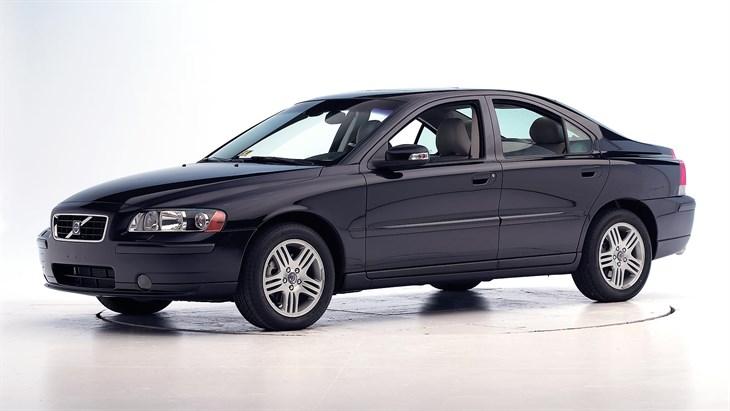 VOLVO S60 2006 год